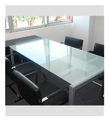 Groisman muebles de oficinas muebles mesas de reuni n for Modelos de comedores de vidrio